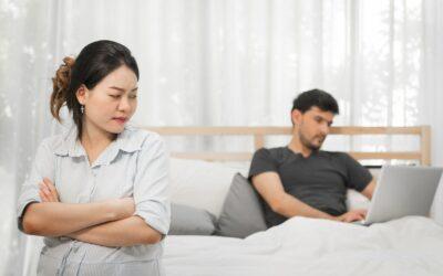 Je sledování porna forma nevěry?
