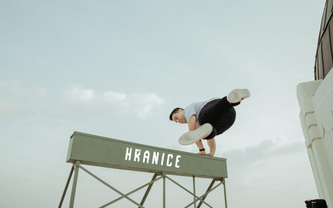 Hranice mezi rizikovým a závislostním chováním